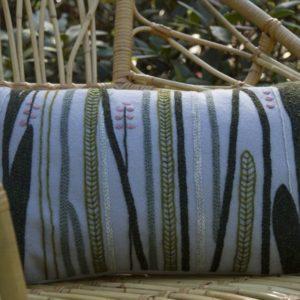 Harmaa viidakko tyyny1_pakattu