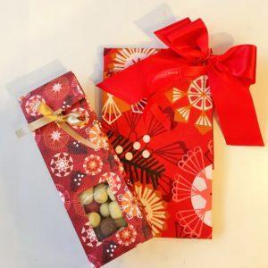 Emma Hagman keittiöpyyhe ja laku_joulupaketti_Taito Shop