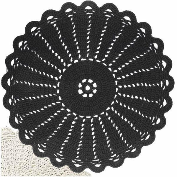 virkattu juhannusruusu matto musta